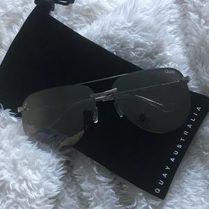 NWOT! QUAY the playa silver/silver sunglasses